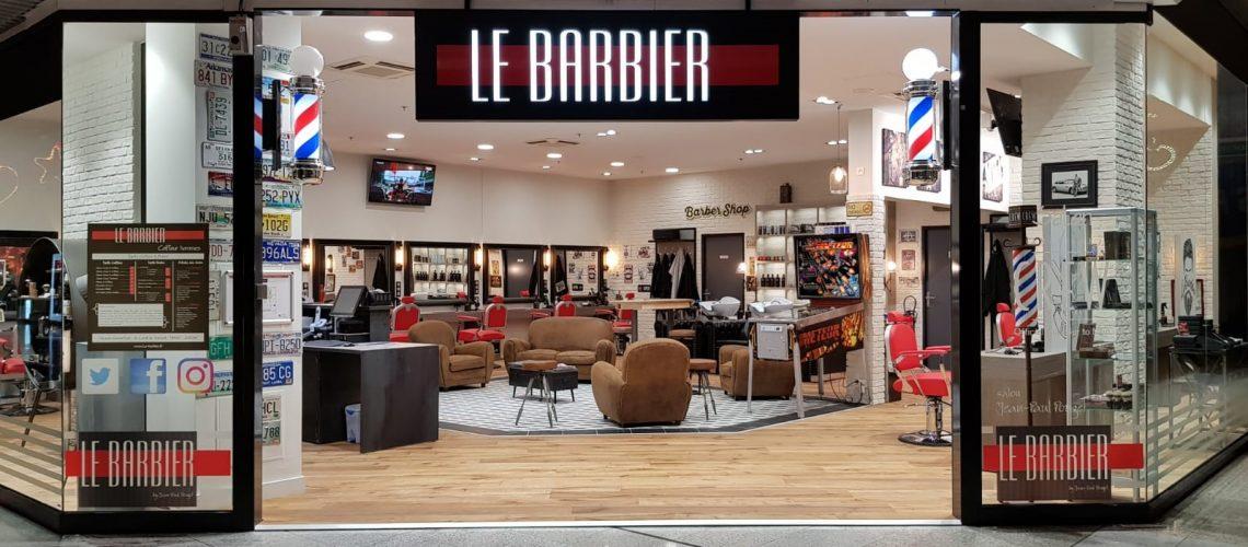 Devanture Le Barbier salon saint orens Toulouse